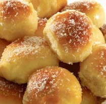 Receitas Pãozinho com leite condensado e coco ralado   Cozinhas Itatiaia