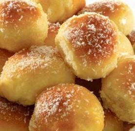 Receitas Pãozinho com leite condensado e coco ralado | Cozinhas Itatiaia