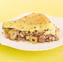Receitas Torta de carne com massa de arroz feita no liquidificador | Cozinhas Itatiaia